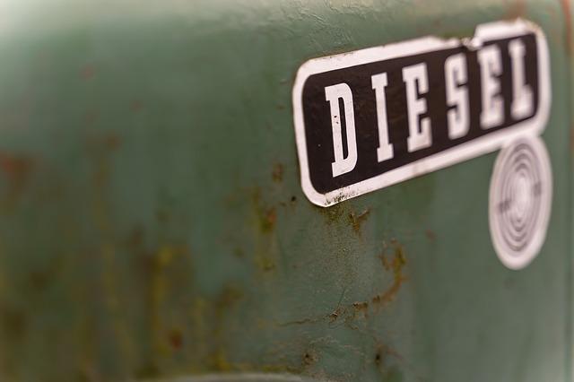 diesel nápis