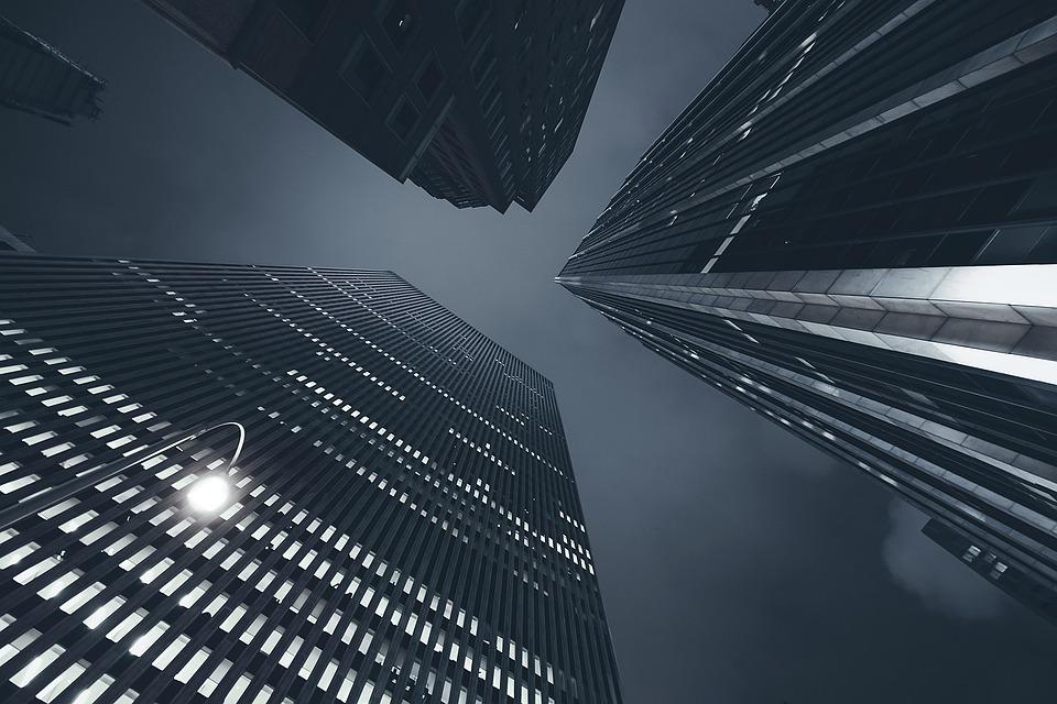 mrakodrapy zdola